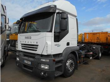 Abrollkipper Iveco Stralis 420