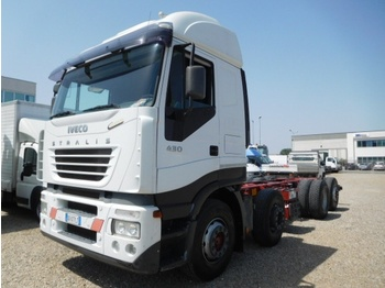 Fahrgestell LKW Iveco STRALIS 8X2