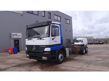 Mercedes-Benz Actros 2540 (MANUAL GEARBOX / FRONT STEEL SUSPENSION / DEVANT SUSPENSION LAMES / 6X2) - Fahrgestell LKW