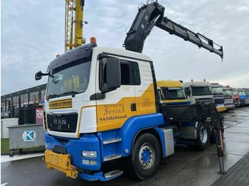 Pritsche LKW MAN TGS 26.440 6X4 MANUAL + HIAB 300-6 MET REMOTE