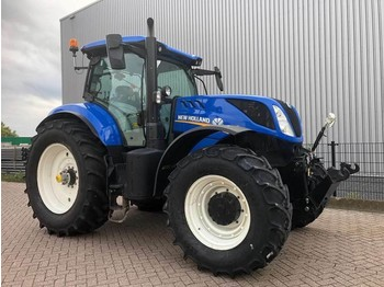 Traktor New Holland T7.245