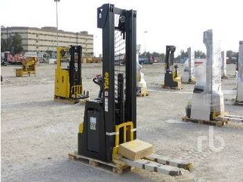 YALE MS14 1.4 Ton Walk Behind Reach Stacker - Gabelstapler