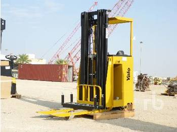 YALE MS15S 1.5 Ton Ride On Reach Stacker - Gabelstapler