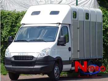 Transporter Iveco Daily Horse truck IFOR WILLIAMS Camera Airco
